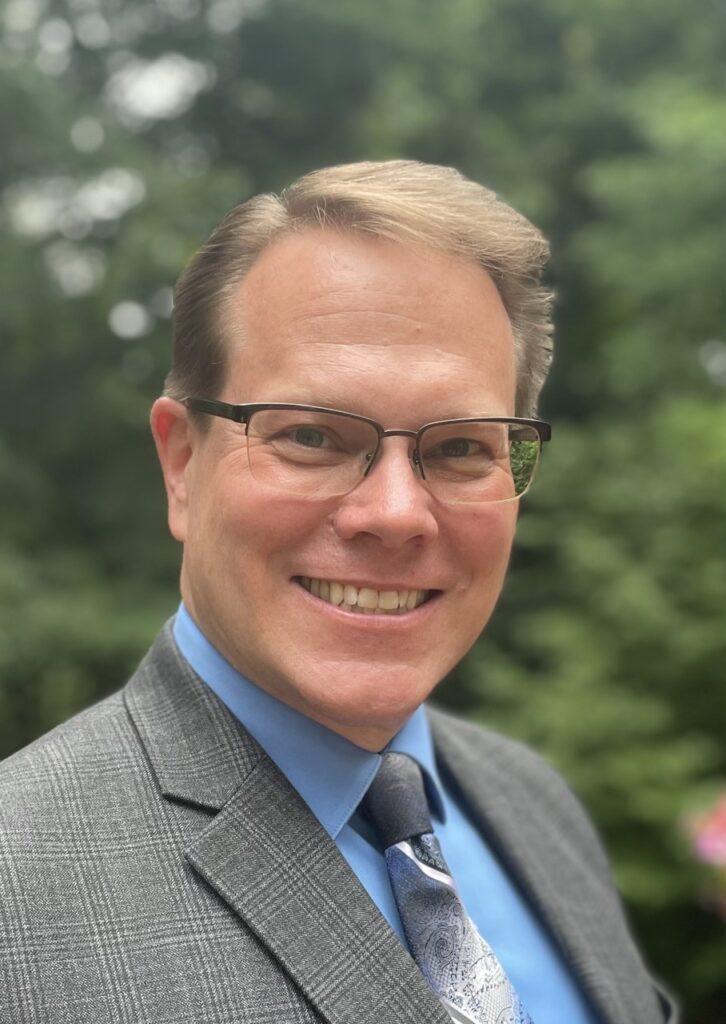 Dr. Gregory Worthington